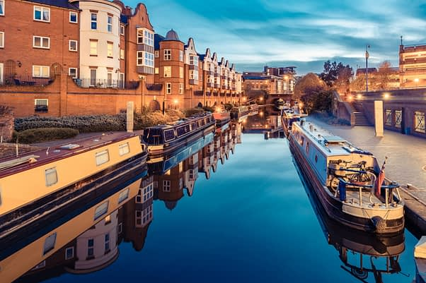 birminghams canals perfect for property investors in birmingham